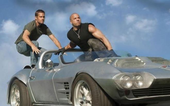 Nhung mau xe noi bat trong loat phim bom tan 'Fast and Furious' hinh anh 11