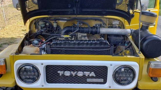 Dau gia Toyota Land Cruiser doi 1979, dinh gia khoi diem chi 4.600 USD hinh anh 4