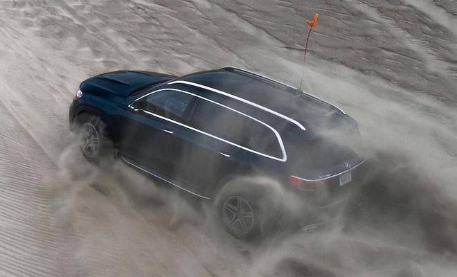 Trai nghiem kha nang off-road cua SUV hang sang Mercedes GLS 2020 hinh anh 6