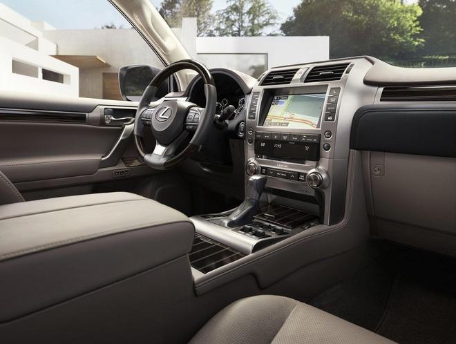 Lexus GX 2020 lo dien, luoi tan nhiet sieu lon, tang kha nang off-road hinh anh 8