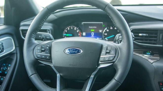 Lai thu Ford Explorer 2020: Them suc manh nhung con khong it han che hinh anh 11