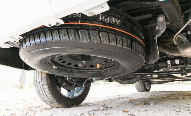 Gia tu 50.000 USD, Chevrolet Tahoe 2021 canh tranh voi Land Cruiser hinh anh 3