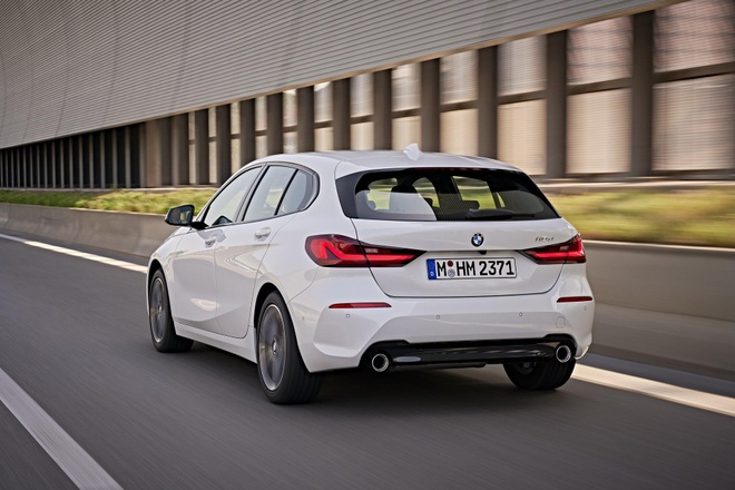 BMW 1-Series 2020 lo dien, dan dong cau truoc, noi that rong hon hinh anh 7