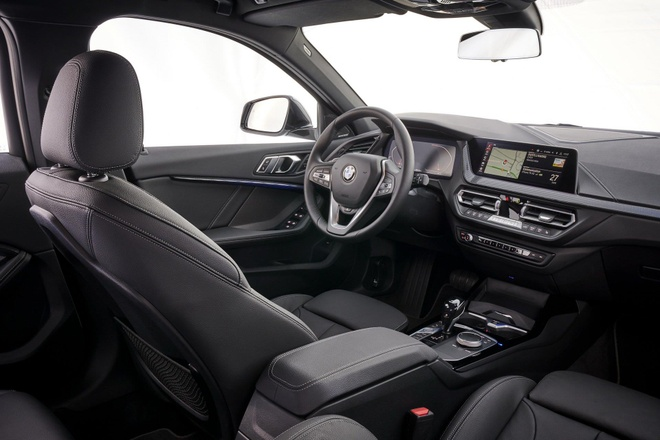 BMW 1-Series 2020 lo dien, dan dong cau truoc, noi that rong hon hinh anh 2