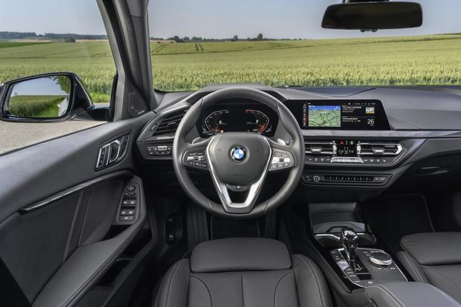 BMW 1-Series 2020 lo dien, dan dong cau truoc, noi that rong hon hinh anh 4