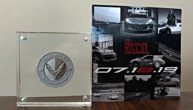 1.500 USD cho 3 dong xu ky niem ngay Chevrolet Corvette C8 ra mat hinh anh 3