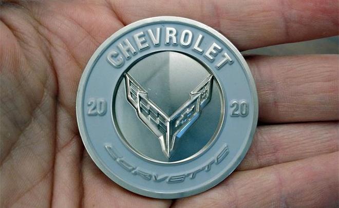 1.500 USD cho 3 dong xu ky niem ngay Chevrolet Corvette C8 ra mat hinh anh