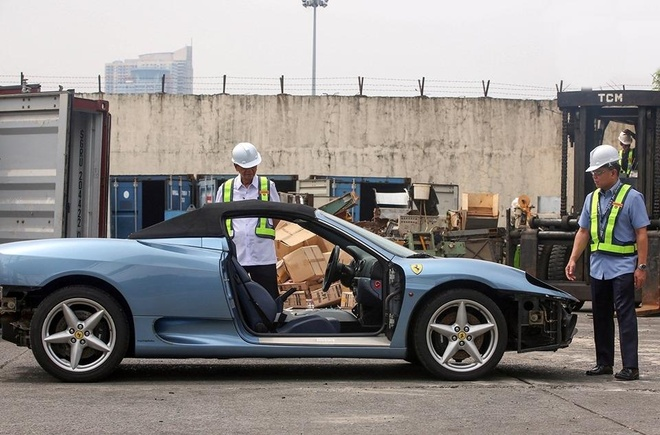 Philippines cho may xuc nghien nat Ferrari 360 Spider hinh anh 2
