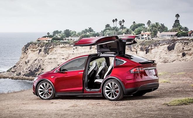 Co moi noi cu, Tesla khien khach hang phan no hinh anh 2