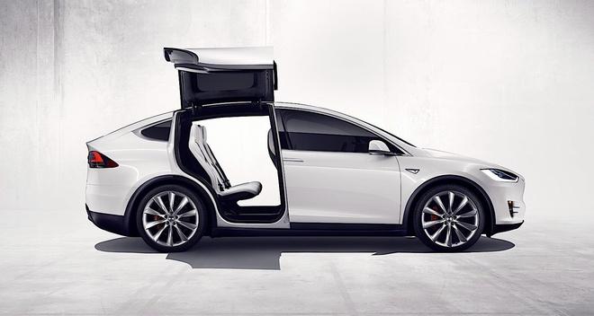 Co moi noi cu, Tesla khien khach hang phan no hinh anh 5