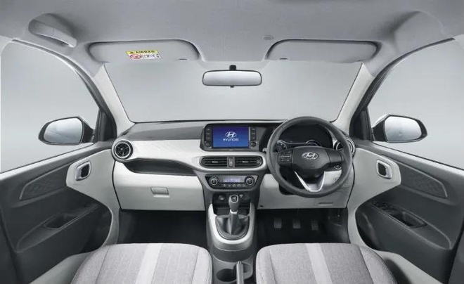 Hyundai Grand i10 NIOS sap co mat tai dai ly anh 3