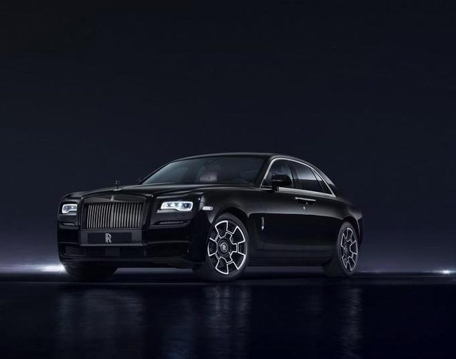 Sieu SUV Rolls-Royce Cullinan se co ban 'ky si bong dem' hinh anh 2