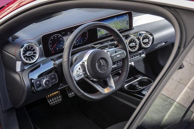 Mercedes CLA 2020 trinh lang, sang va rong hon doi cu hinh anh 2