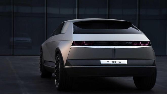 Hyundai trinh dien concept xe dien tuong lai, lay cam hung tu qua khu hinh anh 2