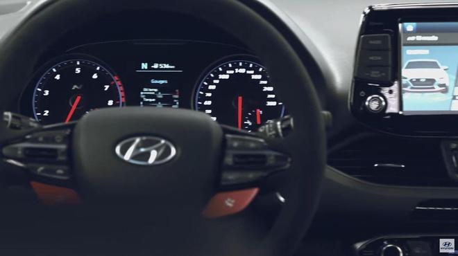 Hatchback moi Hyundai i30 N Project C lo dien, phu kin soi carbon hinh anh 4
