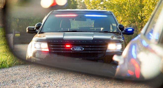 Tài xế bị bắn chết sau khi live-stream lái xe chạy trốn cảnh sát