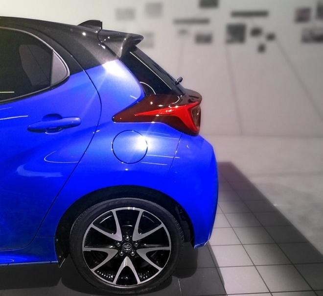 Toyota Yaris 2020 ban chau Au lo dien, mat truoc thiet ke khac la hinh anh 6