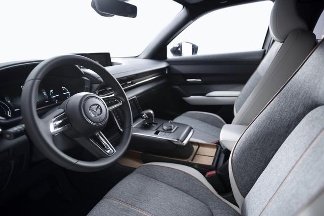 Mazda MX-30 lo dien anh 4
