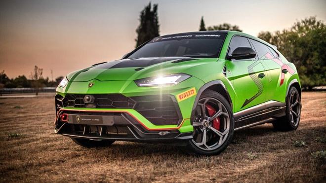Sieu SUV the thao Lamborghini Urus ban xe dua lo dien hinh anh 1