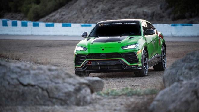 Sieu SUV the thao Lamborghini Urus ban xe dua lo dien hinh anh 6