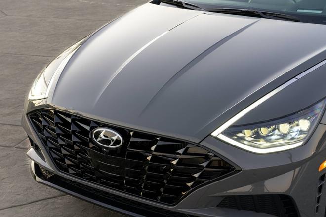 Hyundai Sonata 2020 dat hon ban cu, them trang bi hinh anh 4