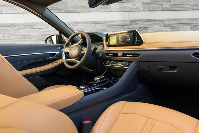 Hyundai Sonata 2020 dat hon ban cu, them trang bi hinh anh 5