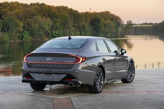 Hyundai Sonata 2020 dat hon ban cu, them trang bi hinh anh 2