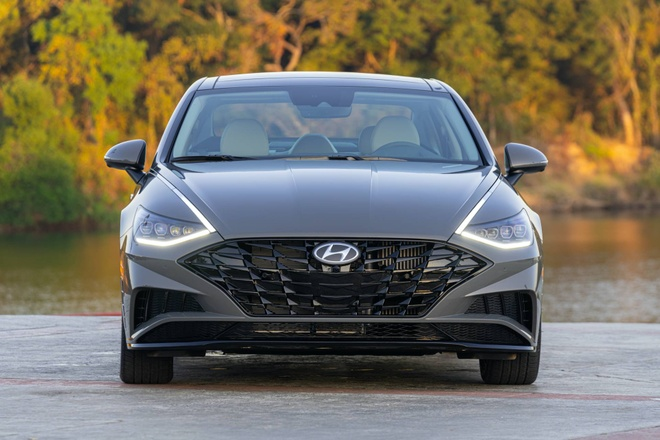 Hyundai Sonata 2020 dat hon ban cu, them trang bi hinh anh 1