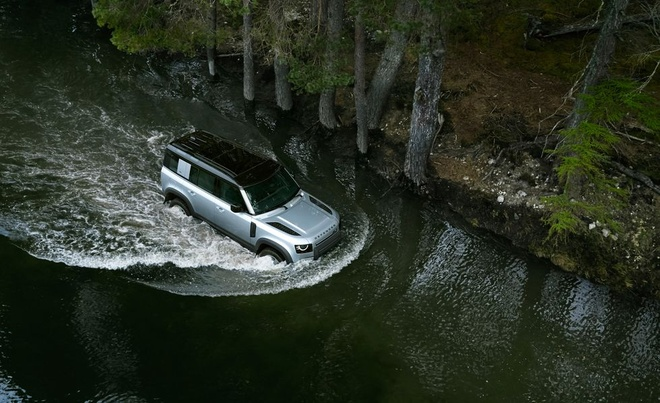 Land Rover Defender 2020 ban tai My co gia tu 50.025 USD hinh anh 4
