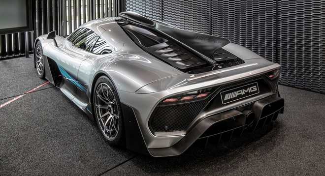 Sieu xe Mercedes AMG One giao hang dau nam 2021 hinh anh 3