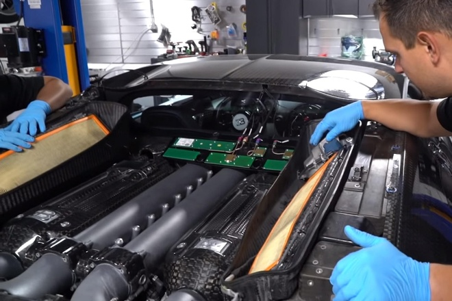 Van hanh Bugatti Veyron trong 2 nam, chu xe ton 100.000 USD hinh anh 3 440155.jpg