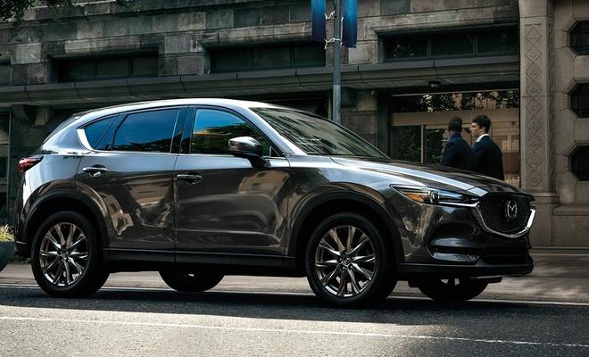 Danh gia Mazda CX-5 2020 - hoi chat choi, nhieu tinh nang, gia hop ly hinh anh 3 2020_mazda_cx_5_signature_fuel_efficient_suv_side_profile.jpg