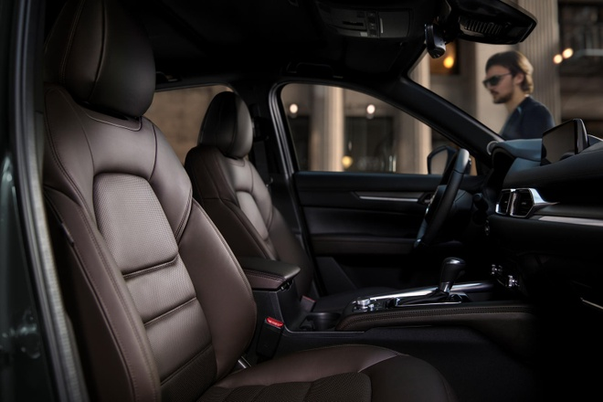 Danh gia Mazda CX-5 2020 - hoi chat choi, nhieu tinh nang, gia hop ly hinh anh 15 front_seats_carbuzz_661669_1600_1.jpg