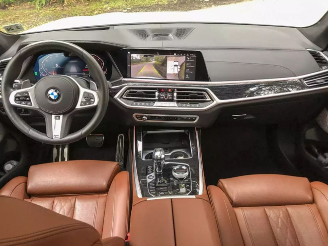 Danh gia BMW X7 2020 – dung chat SUV hang sang nuoc Duc hinh anh 18 bmw_x7_driven_10_1600x0.jpg