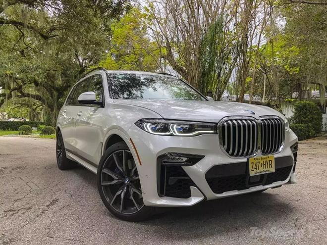 Danh gia BMW X7 2020 – dung chat SUV hang sang nuoc Duc hinh anh 3 bmw_x7_driven_1600x0.jpg