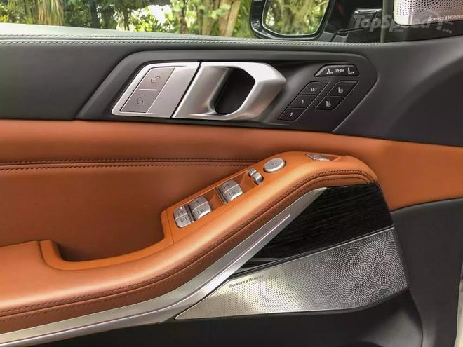 Danh gia BMW X7 2020 – dung chat SUV hang sang nuoc Duc hinh anh 25 bmw_x7_driven_16_1600x0_1.jpg