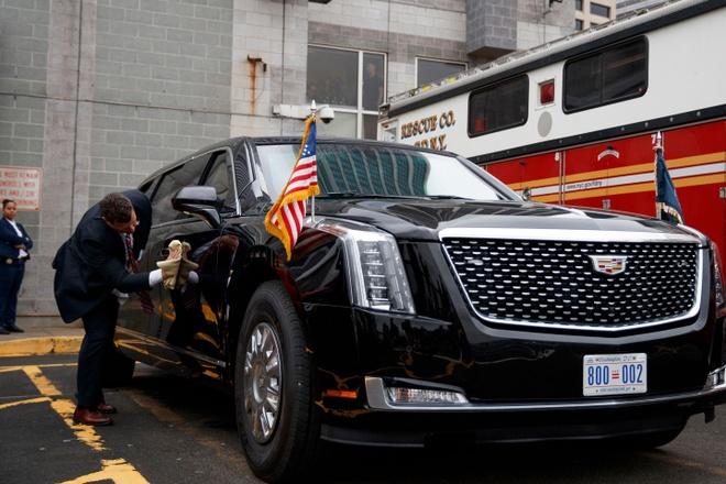 Tong thong Trump se cung 'Quai thu' tham du giai dua xe tai My? hinh anh 1 trump_new_presidential_limo.jpg