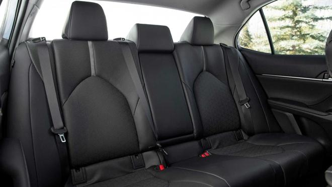 Toyota Camry AWD 2020 khoi diem tu 26.370 USD hinh anh 6 2020_toyota_camry_awd7.jpg