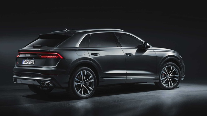 Audi SQ8 2020 chat the thao, gia tu 89.000 USD hinh anh 10 16045882_2020_audi_sq8_iaa_livepics_26.jpg