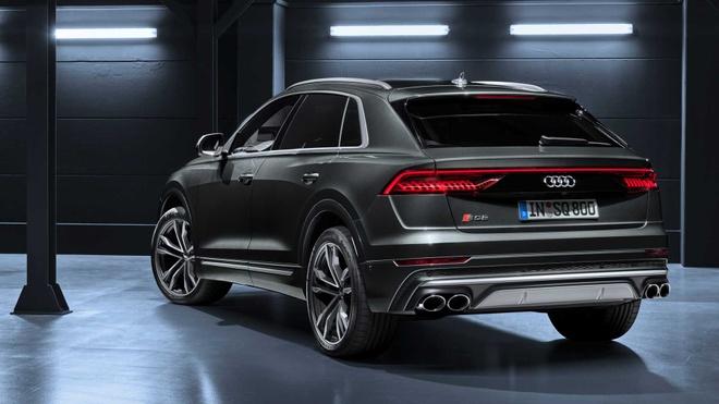 Audi SQ8 2020 chat the thao, gia tu 89.000 USD hinh anh 11 3d1b2f00_2020_audi_sq8_iaa_livepics_25.jpg