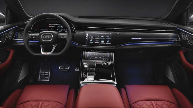 Audi SQ8 2020 chat the thao, gia tu 89.000 USD hinh anh 5 4e0d789e_2020_audi_sq8_iaa_livepics_43.jpg
