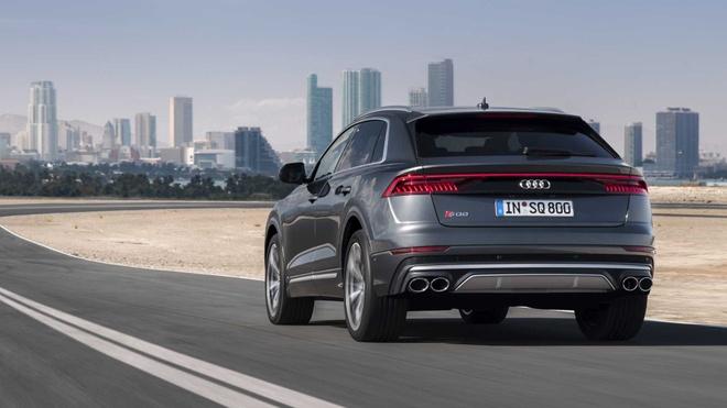 Audi SQ8 2020 chat the thao, gia tu 89.000 USD hinh anh 4 5379d7d3_2020_audi_sq8_iaa_livepics_39.jpg