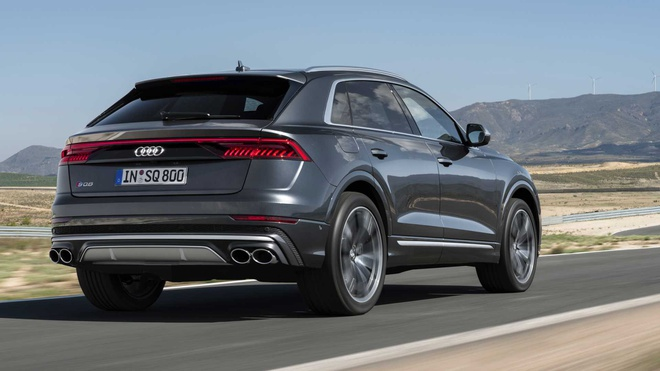 Audi SQ8 2020 chat the thao, gia tu 89.000 USD hinh anh 12 f198eae3_2020_audi_sq8_iaa_livepics_30.jpg