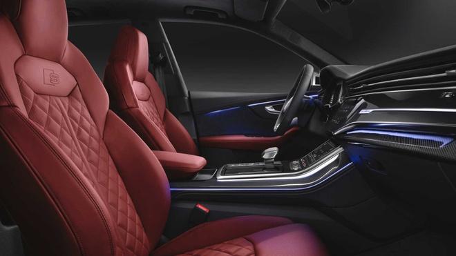 Audi SQ8 2020 chat the thao, gia tu 89.000 USD hinh anh 6 f5dfb46c_2020_audi_sq8_iaa_livepics_42.jpg