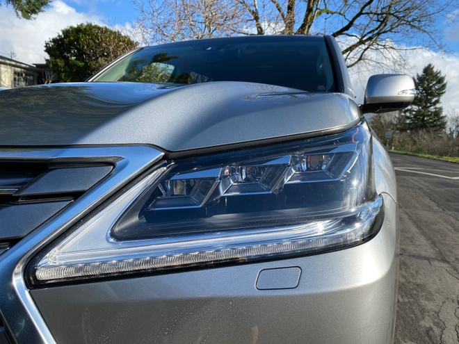 danh gia Lexus LX 570 2020 anh 5