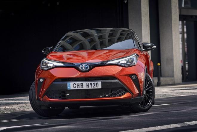 Toyota C-HR va Avalon them ban dac biet anh 2