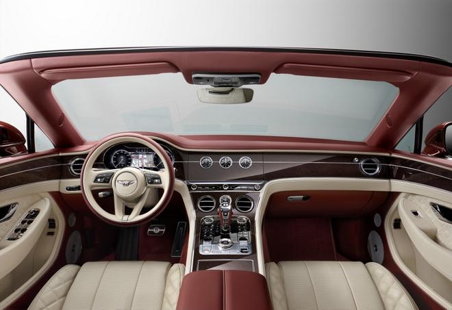 Bentley Continental GT co toi 10 ty kieu phoi mau ngoai that anh 1