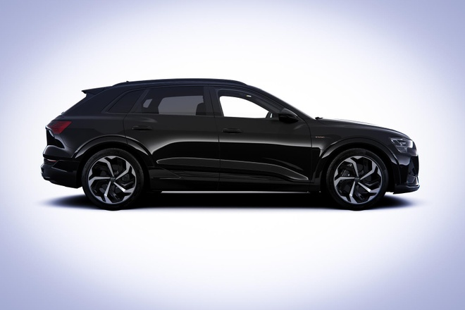 Audi ra phien ban e-tron Black Edition 2021 anh 3