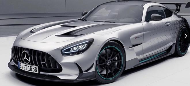 Mercedes-AMG GT Black Series ra ban dac biet anh 1