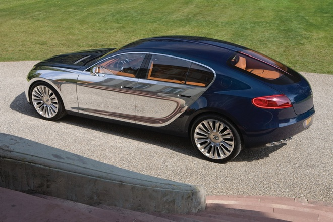 Bugatti hoan phat trien sieu xe Chiron gia re anh 2